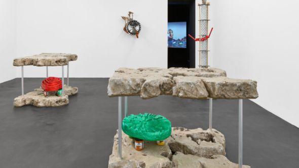 Guan Xiao Presents Solo Exhibition In Berlin