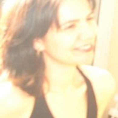 Letícia Fialho profile picture