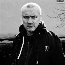 Damien Hirst profile picture